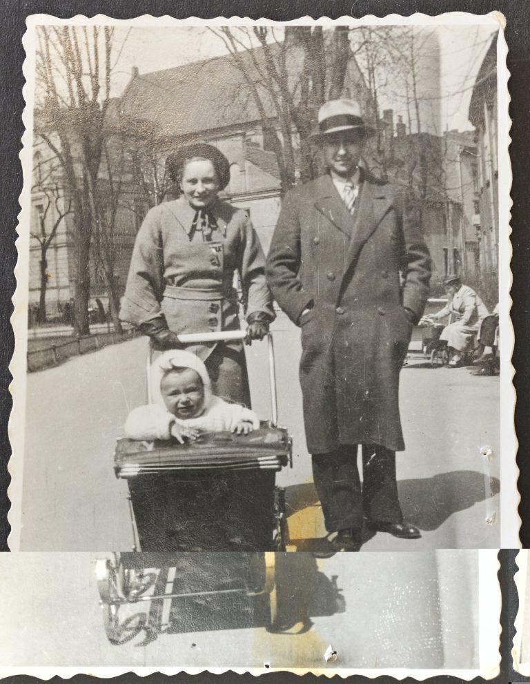 רומק ברוניה ואלי 1933